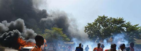 L'armée prend la main au Burkina Faso après une journée d'émeutes