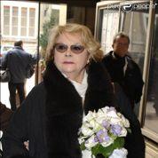 La veuve de Serge Reggiani bientôt expulsée ?