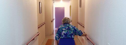 Les maisons de retraite traitent mal leurs pensionnaires faute d'effectifs