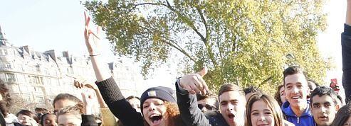 À Paris, des lycéens protestent contre la violence policière