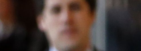 Notaires, avocats, huissiers en guerre contre Macron