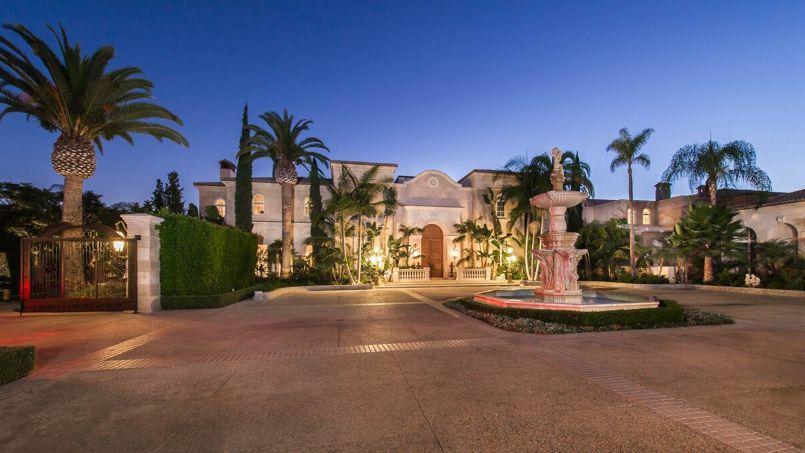 Le «Palais de l'Amour», propriété du milliardaire américain Jeff Greene à Beverly Hills, est mis en vente 195 millions de dollars (157 millions d'euros).