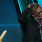Johnny Depp se présente complètement ivre à la télévision américaine