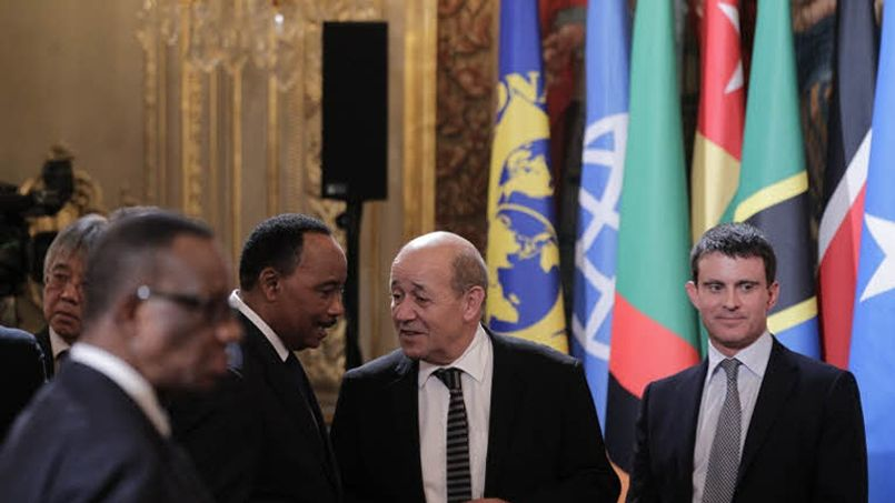 Manuel Valls en chef des armées au Tchad et au Niger ce week-end