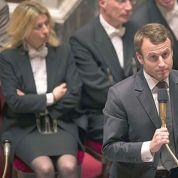 Exaspéré par les polémiques, Macron veut supprimer les retraites-chapeau