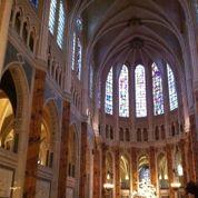 À Chartres, la cathédrale en disgrâce