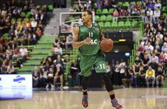 La révolution de <i>Canal+</i> qui équipe des basketteurs de micro