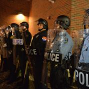 La ville de Ferguson attend avec fébrilité la décision du grand jury