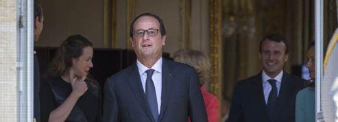 Franck Ferrand : François Hollande a-t-il perdu son smoking ?
