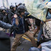 Nouvel accès de fièvre à Hongkong