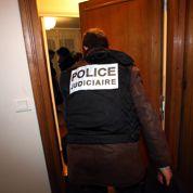 Val-de-Marne : un stock d'armes découvert au domicile d'un chauffard