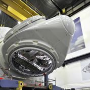 Valls inaugure une usine d'éoliennes marines d'Alstom