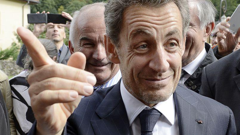 Sarkozy doit renoncer à ses indemnités d'ancien président