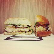 Blend s'offre trois burgers d'anniversaire