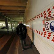 Amiante dans la tour Montparnasse: la question de l'évacuation relancée