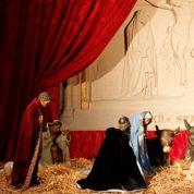 Crèche de Noël : ces petits santons qui mettent en péril le consumérisme