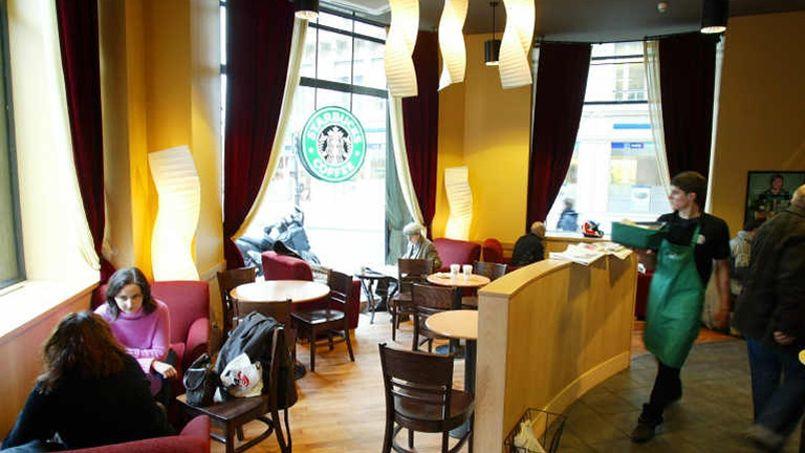 Starbucks bien décidé à mettre du vin dans ses cafés