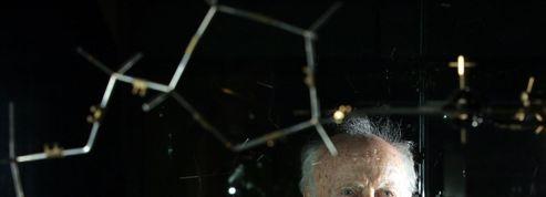 L'homme le plus riche de Russie va rendre à James Watson sa médaille Nobel