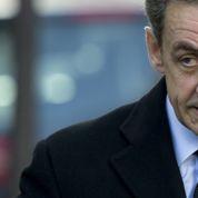 UMP : Nicolas Sarkozy à la recherche de difficiles équilibres