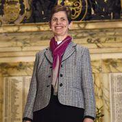 La première femme évêque de l'Église anglicane ordonnée