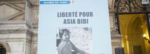 Anne Hidalgo rend hommage à Asia Bibi