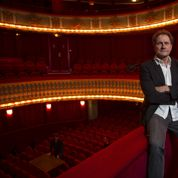 Francis Lombrail, de commissaire-priseur à patron de théâtre