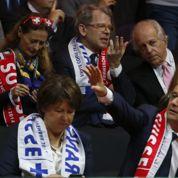François Hollande réunit Éric Cantona, Luis Fernandez et Basile Boli à l'Élysée