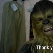 Star Wars VII :Chewbacca et R2-D2 vous remercient