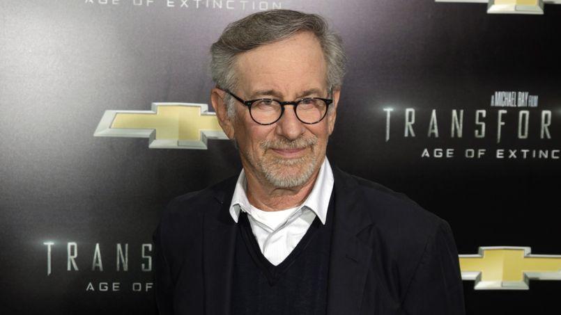 Steven Spielberg paie des caméras à la police de Los Angeles