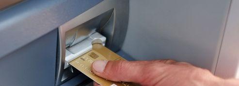 Les Français adeptes de la carte bancaire pour les courses de Noël