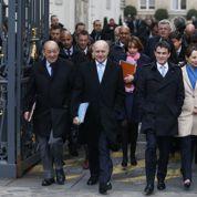 Hollande demande à ses ministres d'être «fiers» de leurs actions