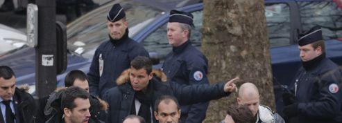 Hollande appelle à «faire bloc» après «un acte d'une exceptionnelle barbarie»