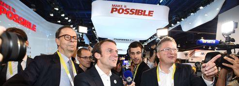 Une petite phrase d'Emmanuel Macron sur les «milliardaires» consterne à sa gauche