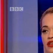 Le décolleté trop sexy qui embarrasse la BBC