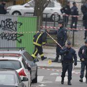 Ahmed, policier achevé au sol et Franck, tué au côté de Charb