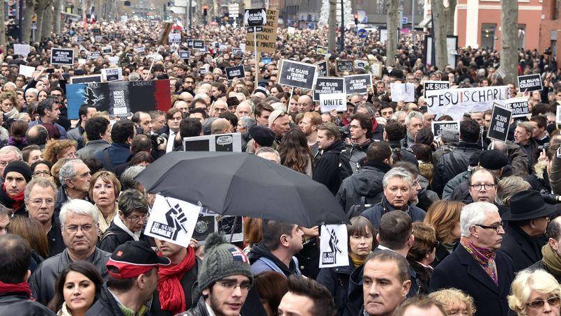 Le rassemblement le plus important a été enregistré à Toulouse. Selon la police, plus de 80.000 personnes étaient présentes.