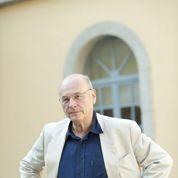 Cyrulnik : «On manifeste pour ne pas rester passif et ne pas se soumettre à l'agression»