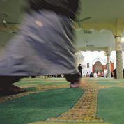 Les divisions radicales minent la communauté musulmane en France