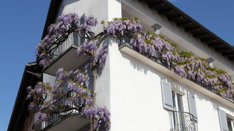poids sur un balcon