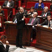 Loi Macron: le travail le dimanche au cœur des débats