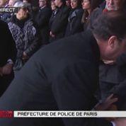 Hommage : moment très émouvant entre la mère de la policière tuée et François Hollande