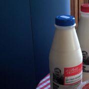 Première action de groupe des laitiers contre Lactalis