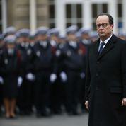 Hollande maintient sa participation à Davos