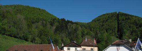 Suisse : pour les frontaliers, l'envolée du franc «c'est Noël qui continue»