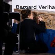 Charlie :le cercueil de Tignous «tagué» par les dessinateurs