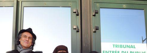 Niqab : Rachid Nekkaz porte plainte contre 39 députés