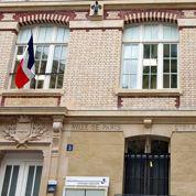 En France, l'histoire s'apprend à l'école et pas sur le Net