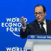 À Davos, Hollande exhorte les grandes entreprises à s'impliquer dans la sécurité