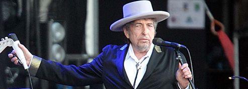 Bob Dylan offre son album à 50.000 seniors