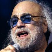 Demis Roussos : les stars lui rendent hommage